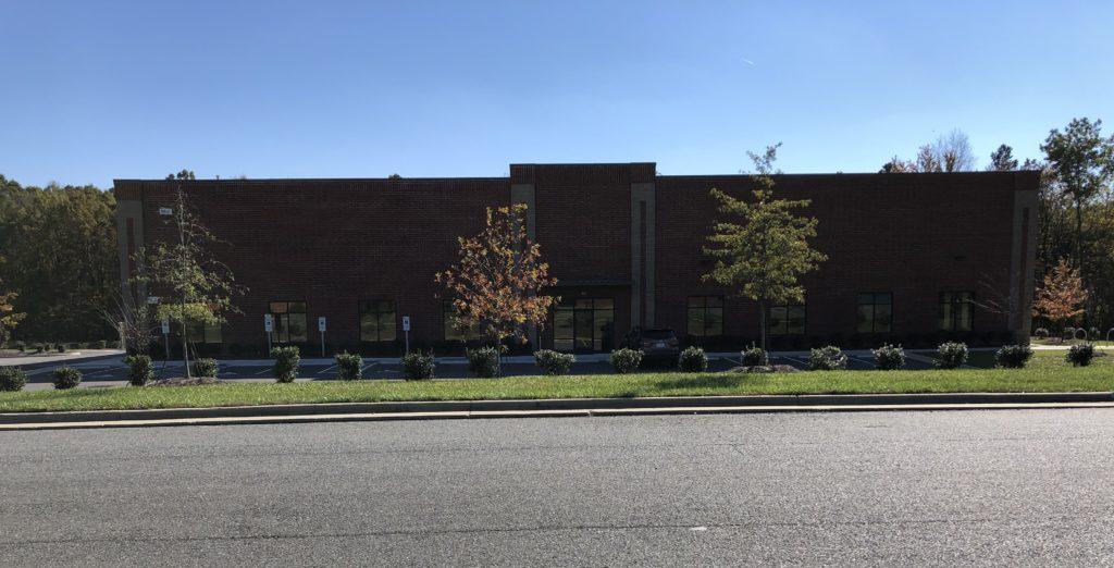 2 Hounds Facility
